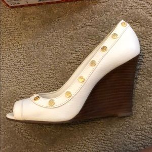 Tory Burch Nelson-Tumbled leather wedge